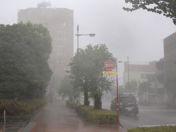 Heavy rain and winds caused by Typhoon Jebi hit the city of Tokushima