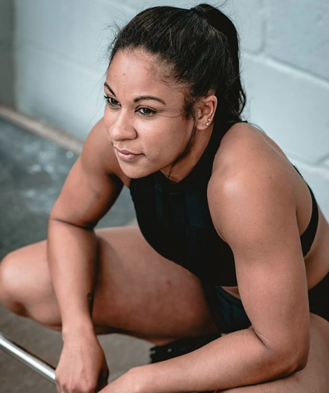Farah Fonseca pro strong woman, how to get more protein 9 fitness instagrammers reveal their tricks by healthista.com