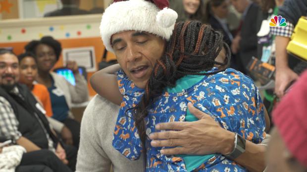 [NATL] Obama Plays Santa for a Day at DC Hospital