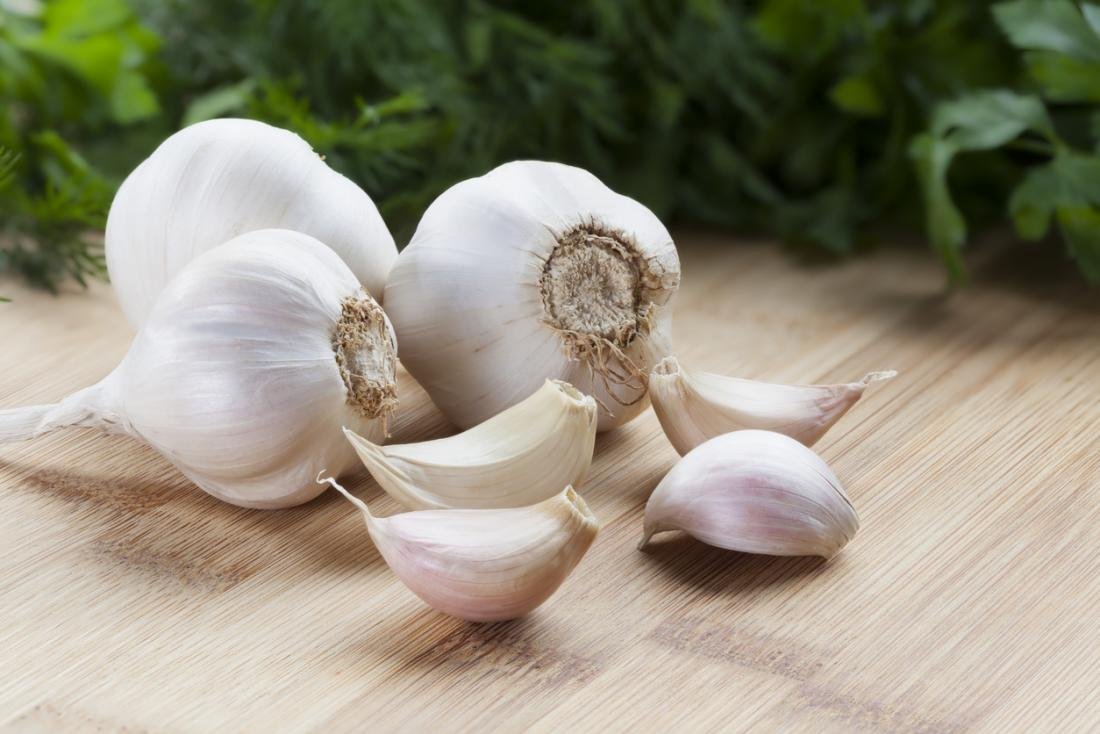 [garlic cloves]