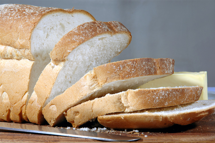 white bread, refined grains, refined carbohydrates, inflammatory food