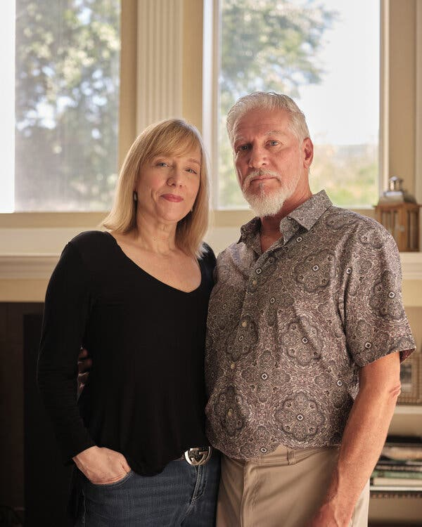 Holly Elgison and her husband, Len Schillaci, a mixed vaxxed couple in Valrico, Fla.